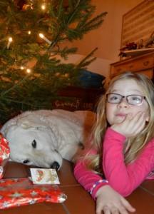 Nele und Írisz Weihnachten 16.4